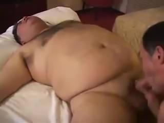 Жирный мужик ебет девушку, fat gay, жирный мужик, гей мужик ебет парня, пор